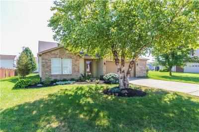 Fishers Single Family Home For Sale: 12881 Coyote Run
