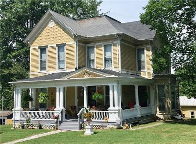 North Vernon Single Family Home For Sale: 208 South Jennings Street