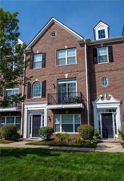 Fishers Condo/Townhouse For Sale: 11563 Reagan Drive
