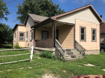 Delaware County Single Family Home For Sale: 1601 North Elm Street
