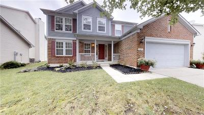 Indianapolis Single Family Home For Sale: 6612 Antelope Lane
