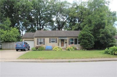 Brownsburg Single Family Home For Sale: 7 Greenacre Drive