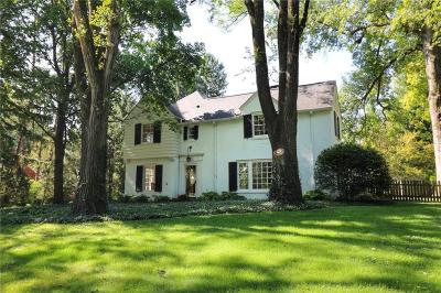 Indianapolis Single Family Home For Sale: 8000 Morningside Drive