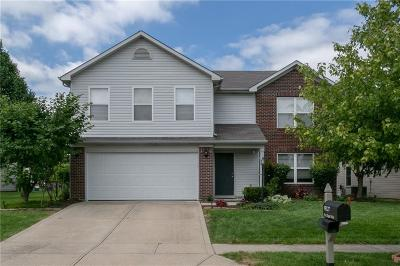 Noblesville Single Family Home For Sale: 19127 Fox Chase Drive