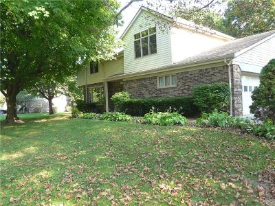 Noblesville Single Family Home For Sale: 20035 Wagon Trail Drive