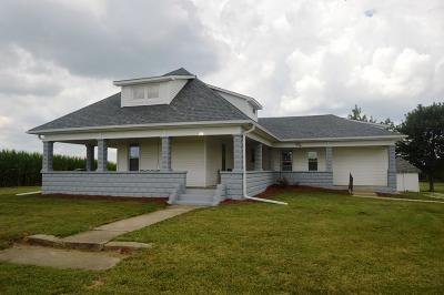 Clinton County Single Family Home For Sale: 2882 West County Road 750 S