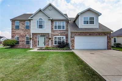 Whiteland Single Family Home For Sale: 17 Sebring Court