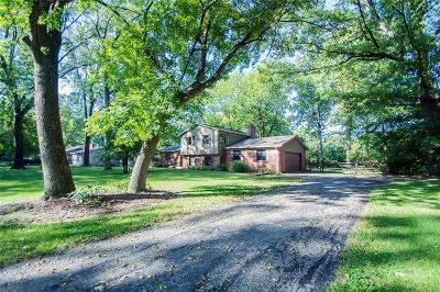 Carmel Single Family Home For Sale: 10426 Greentree Drive