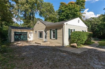Indianapolis Single Family Home For Sale: 2040 Idlewood Drive