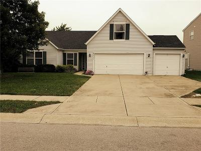Zionsville Single Family Home For Sale: 6264 Canterbury Drive