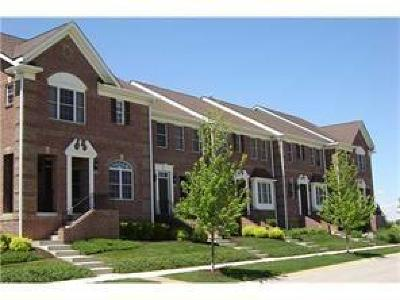 Fishers Condo/Townhouse For Sale: 13628 Whitten Dr N