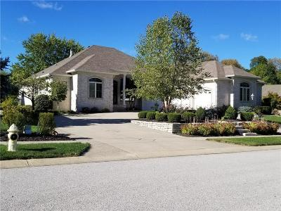 Johnson County Single Family Home For Sale: 4638 Waters Edge Way