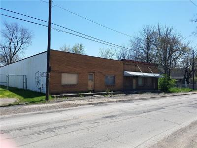 Indianapolis Commercial For Sale: 1417 South Belmont Avenue