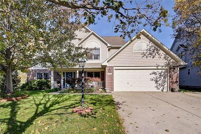 Fishers Single Family Home For Sale: 10598 Greenway Drive