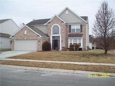 Indianapolis Single Family Home For Sale: 1655 Walpole Drive