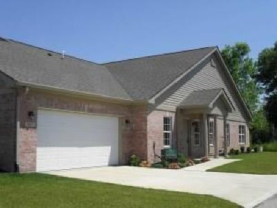 Plainfield IN Condo/Townhouse For Sale: $191,900