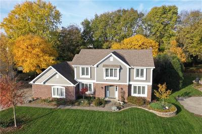 Carmel, Westfield Single Family Home For Sale: 13634 Wood Mill Court