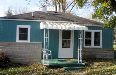 Chesterfield IN Single Family Home For Sale: $64,900