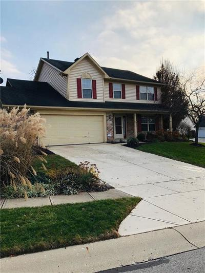 Fishers Single Family Home For Sale: 9749 Bradford Knoll Drive
