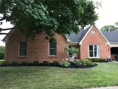 Brownsburg Single Family Home For Sale: 1077 Redwood Drive