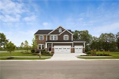 Zionsville Single Family Home For Sale: 4450 Eagleridge Lane