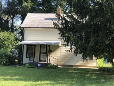 Indianapolis Single Family Home For Sale: 800 West 42nd Street