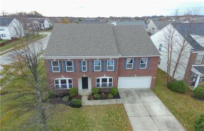 Fishers Single Family Home For Sale: 10379 Waveland Circle