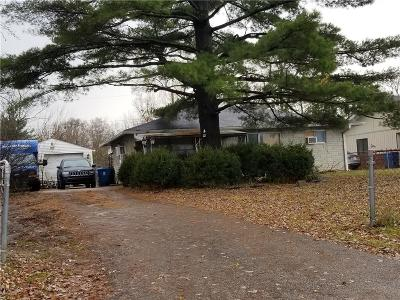 Indianapolis Single Family Home For Auction: 4071 Moline Drive