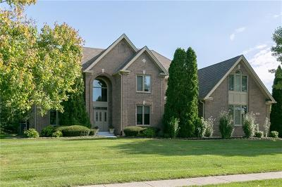 Fishers Single Family Home For Sale: 7417 River Highlands Drive