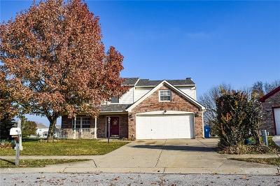 Indianapolis Single Family Home For Sale: 2121 Willow Wind Court