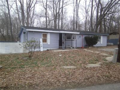 North Vernon Single Family Home For Sale: 1170 East County Road 300 N