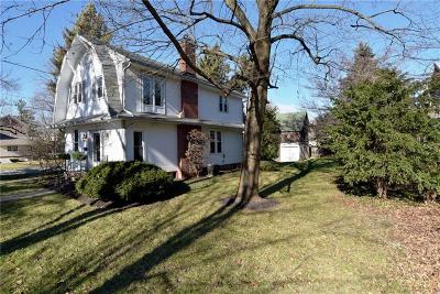 Indianapolis Single Family Home For Sale: 4540 West 72nd Street