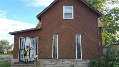 Delaware County Single Family Home For Sale: 1229 East 8th Street