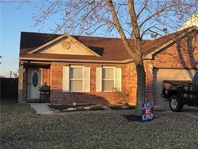 Camby Single Family Home For Sale: 9120 Stones Bluff Lane