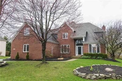 Indianapolis Single Family Home For Sale: 7444 Oakland Hills Court