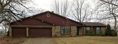 Indianapolis Single Family Home For Sale: 8309 Tanager Lane