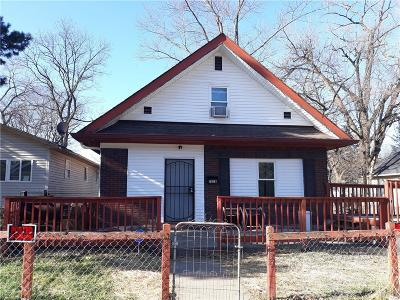 Indianapolis Single Family Home For Sale: 2838 North Olney Street