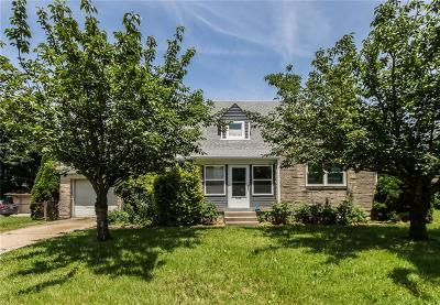 Single Family Home For Auction: 5828 East 10th Street