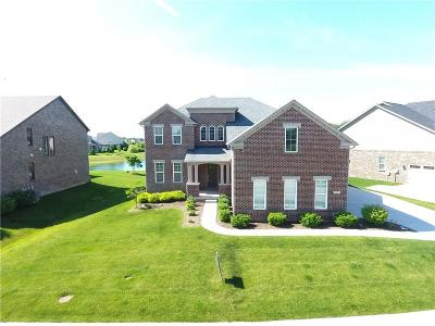 Zionsville Single Family Home For Sale: 11237 East High Grove Circle