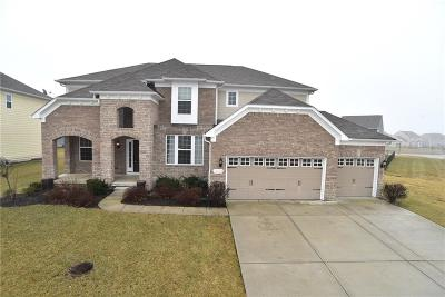 Fishers Single Family Home For Sale: 14533 Hinton Drive