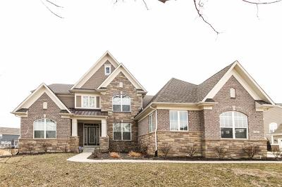 Zionsville Single Family Home For Sale: 7427 English Court
