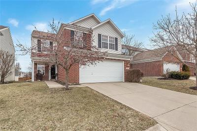 Indianapolis Single Family Home For Sale: 8124 Barksdale Way