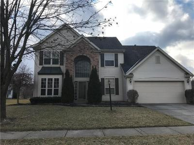 Indianapolis Single Family Home For Sale: 8356 Briarhill Way
