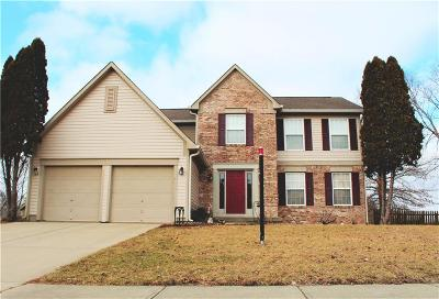 Fishers Single Family Home For Sale: 8470 Andorra Drive