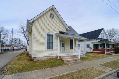 Shelbyville Single Family Home For Sale: 152 1st Street