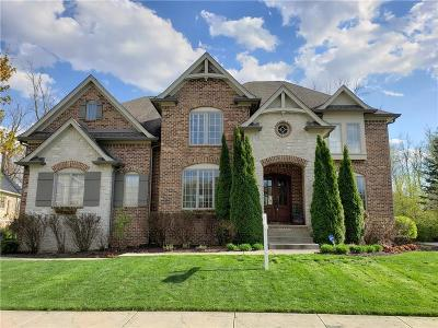 Fishers Single Family Home For Sale: 14923 Silent Bluff Court