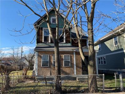 Indianapolis Single Family Home For Sale: 3236 North Kenwood Avenue
