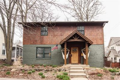 Zionsville Single Family Home For Sale: 470 West Walnut Street