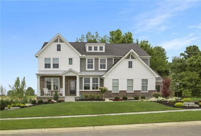 Zionsville Single Family Home For Sale: 6345 Mayfield Lane