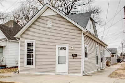 Shelbyville Single Family Home For Sale: 21 Saint Mary Street